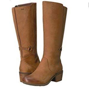 ✨New✨ Teva Foxy Tall Boot